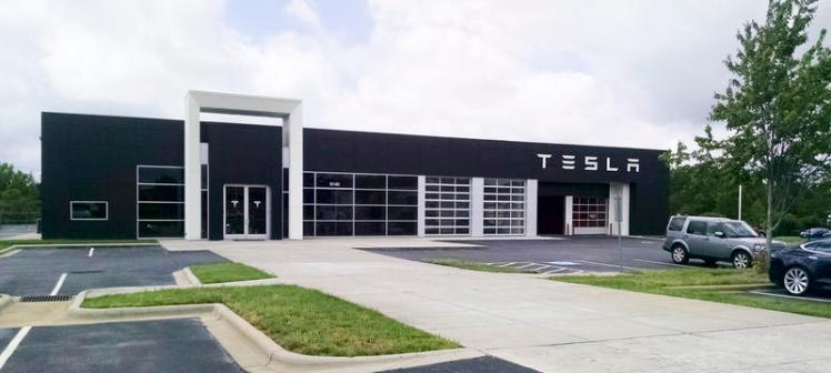 Tesla's showroom on E. Independence Blvd. in Matthews can talk to you about a Tesla, but they can't do the deal. (David Boraks/WFAE)